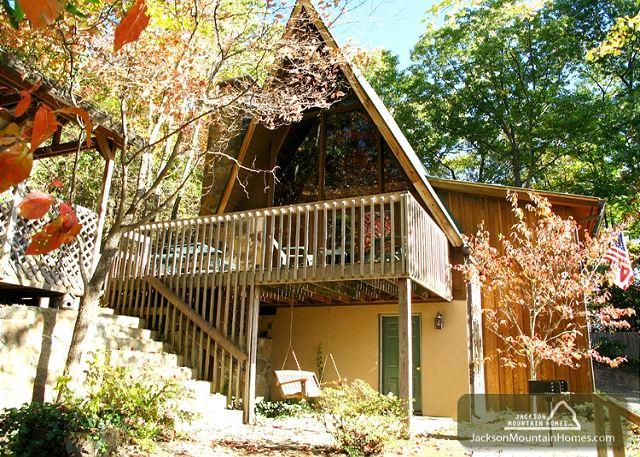 Green Gables   Mtn View Jetted Tub Fireplace Pets Hot Tub  Free Nights - Image 1 - Gatlinburg - rentals