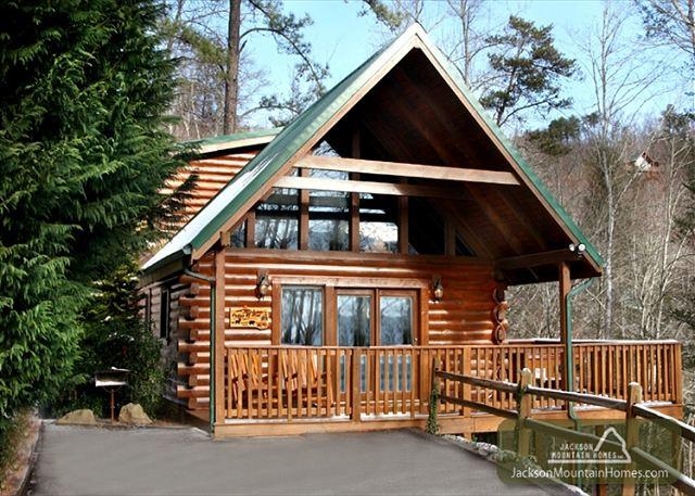 Peace of Mind  Mountain View Pool Access Jetted Tub WiFi   Free Nights - Image 1 - Gatlinburg - rentals