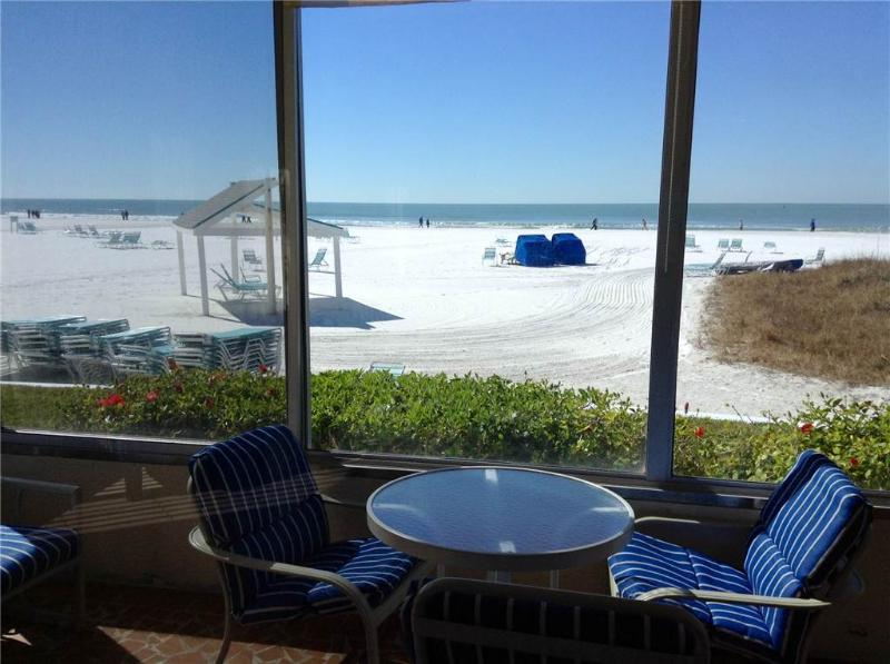 Huge 2 bedroom condo w/ view of the Gulf - 1 North - Image 1 - Siesta Key - rentals