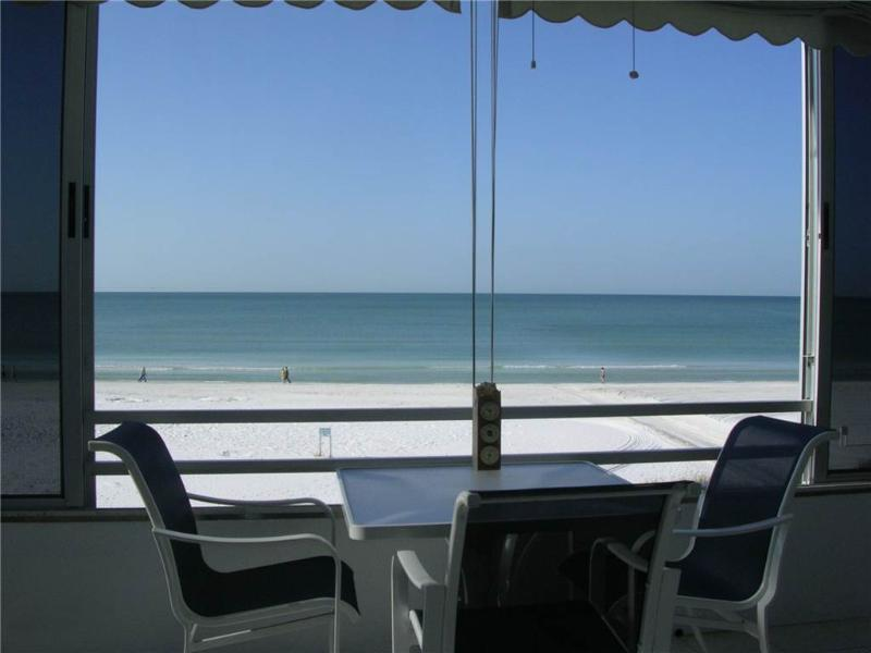 Beautifully maintained 2BR condo w/ Gulf views - 3 North - Image 1 - Siesta Key - rentals