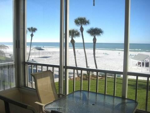 Wonderful condo, slps 6 w/ direct gulf view - 4 North - Image 1 - Siesta Key - rentals