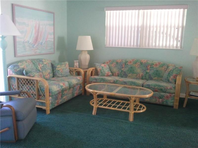 Updated villa w/ free wifi & full amenities - Villa 33 - Image 1 - Siesta Key - rentals