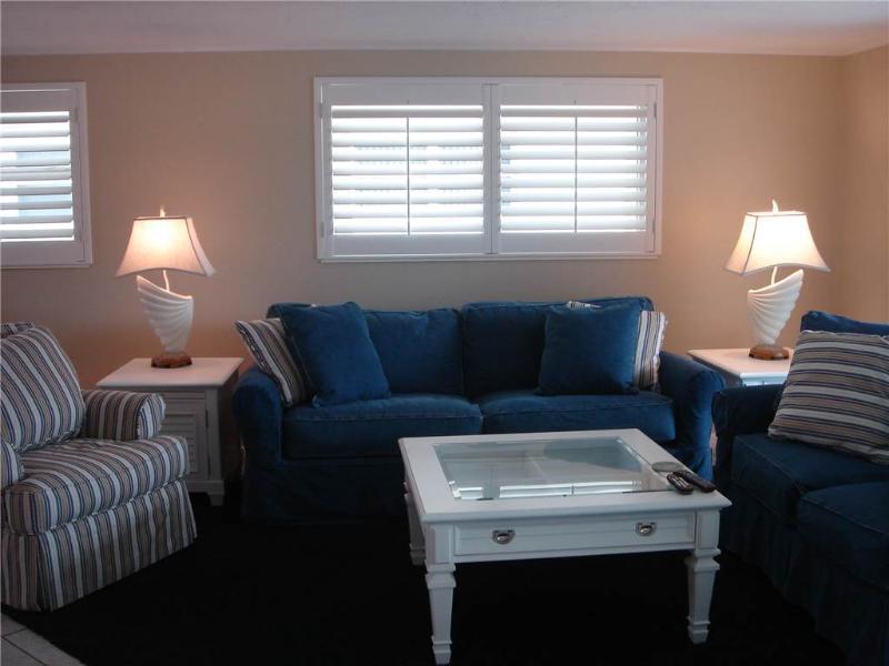 Amazing Florida villa w/ 3TVs! - Villa 7 - Image 1 - Siesta Key - rentals