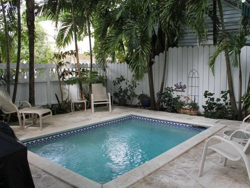 Perfect Pineapple - Image 1 - Key West - rentals