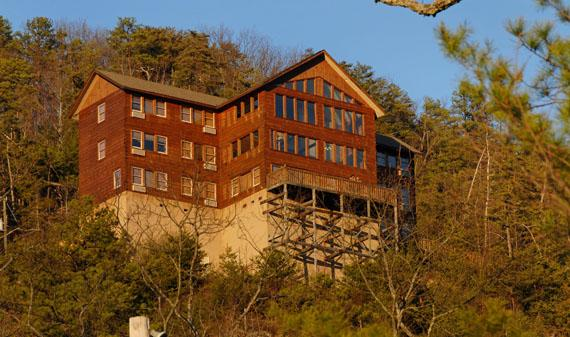 Plimpton Lodge - Image 1 - Gatlinburg - rentals