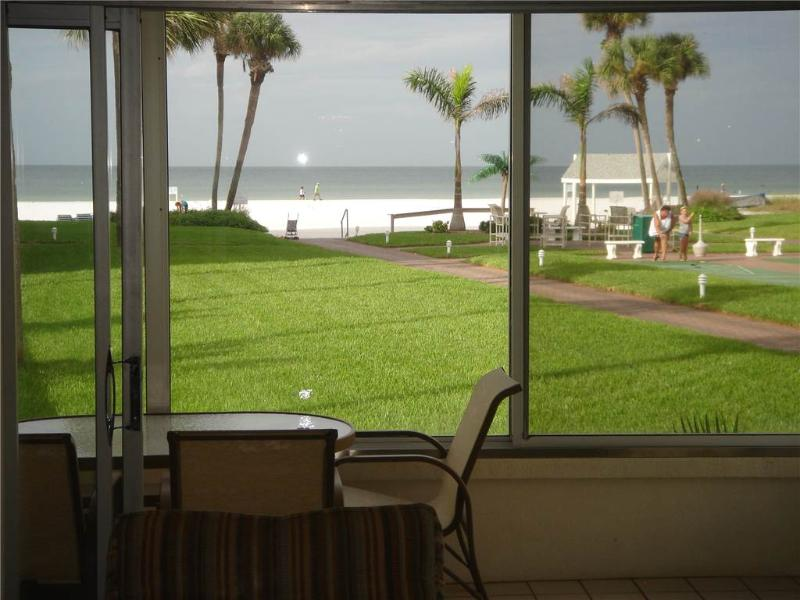 Beautifully maintained  condo near the SE FL beaches - 9 South - Image 1 - Siesta Key - rentals