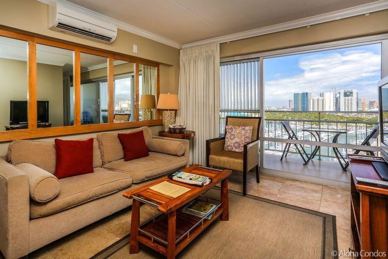 Ilikai Hotel Condos, Condo 1639 - Image 1 - Honolulu - rentals
