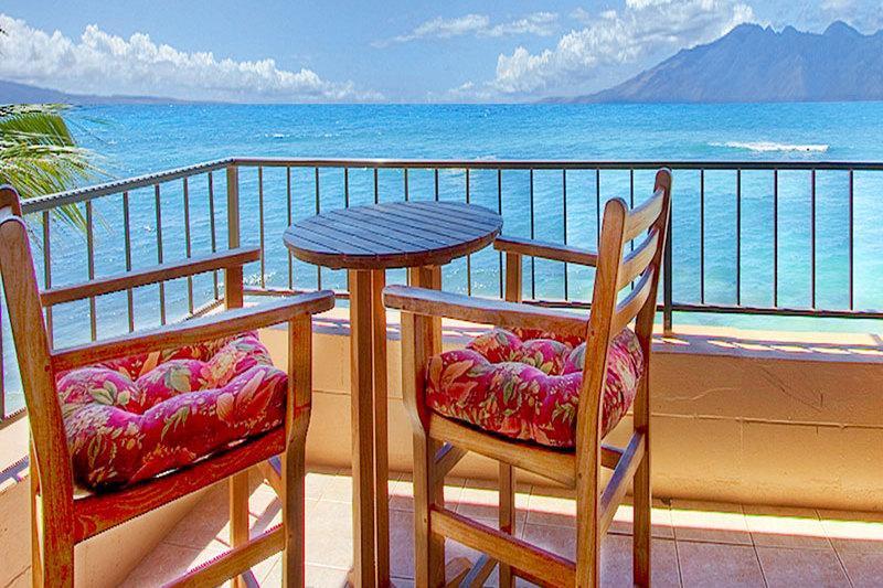 Maui Kai Beach Resort, Condo 301 - Image 1 - Lahaina - rentals