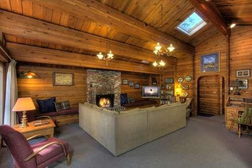 Dillow Log Cabin Tahoe Vacation Rental - Image 1 - Carnelian Bay - rentals