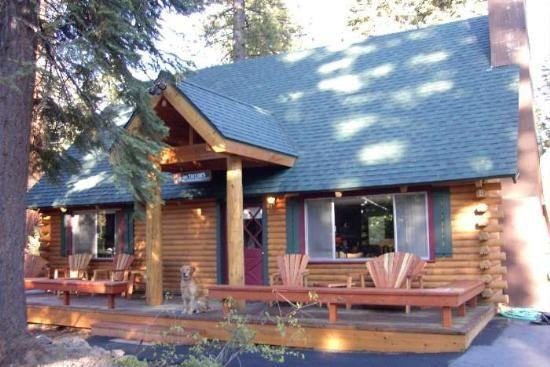 Taylor Pet Friendly Lake Tahoe Log Cabin w Hot Tub - Image 1 - Lake Tahoe - rentals