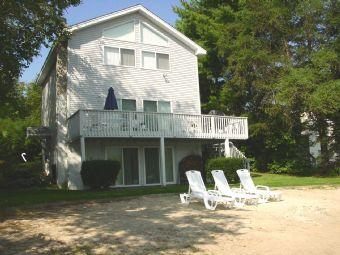 Fabulous 4 BR, 2 BA House in Moultonborough (300) - Image 1 - Moultonborough - rentals