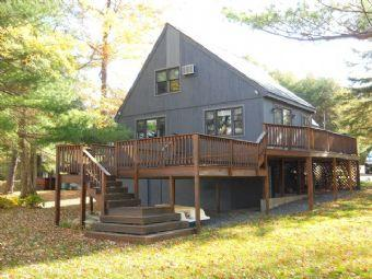 Lovely House with 4 BR, 1 BA in Belmont (315) - Image 1 - Belmont - rentals