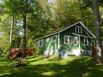 Super House with 2 Bedroom-1 Bathroom in Gilford (431) - Image 1 - Gilford - rentals