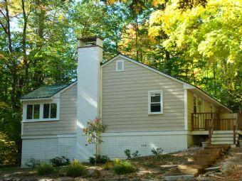 Heavenly 2 BR & 1 BA House in Meredith (211) - Image 1 - Meredith - rentals