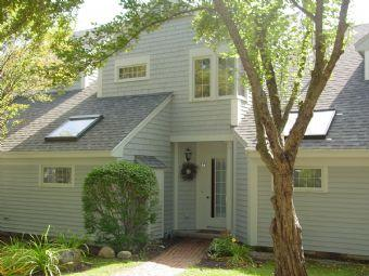 Lovely House with 3 BR & 2 BA in Laconia (227) - Image 1 - Laconia - rentals
