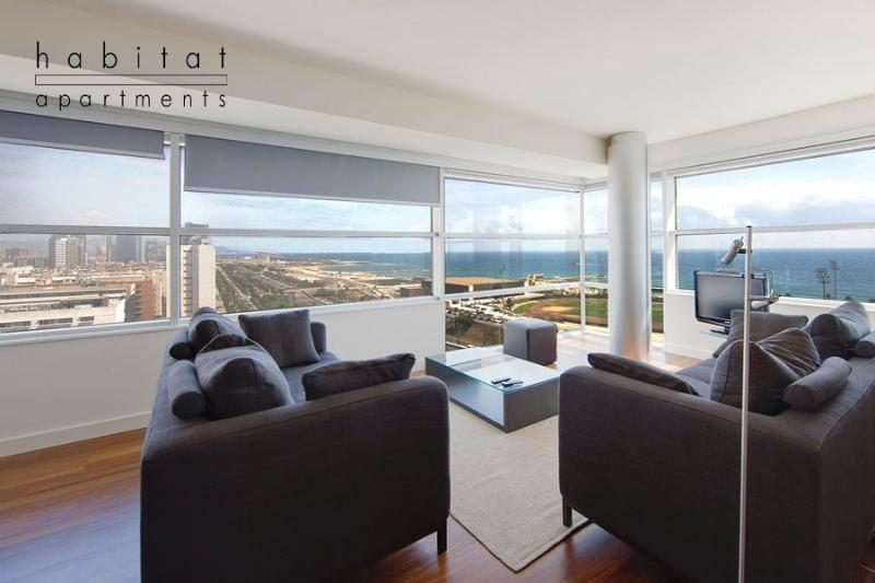 Vista Apartment, Large terrace with sea view - Image 1 - Barcelona - rentals