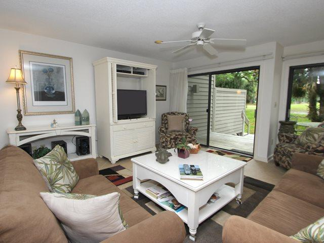 Living area 2 - Greens, 116 - Hilton Head - rentals