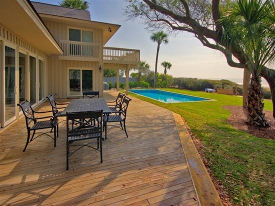 Large Deck at 29 South Beach Lagoon - 29 South Beach Lagoon - Sea Pines - rentals