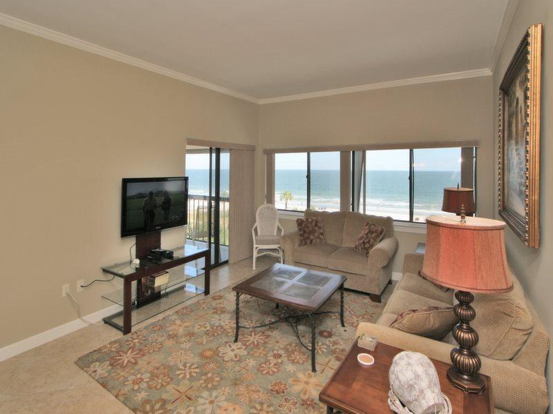 Living Room with Ocean Front Views at 453 Captains Walk - 453 Captains Walk - Palmetto Dunes - rentals