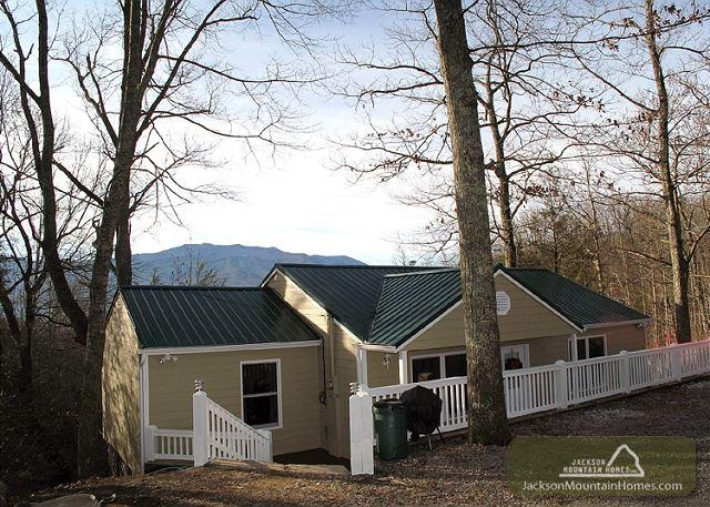 Home Away From Home   Privacy Mountain View Hot Tub Arcade Free Nights - Image 1 - Gatlinburg - rentals