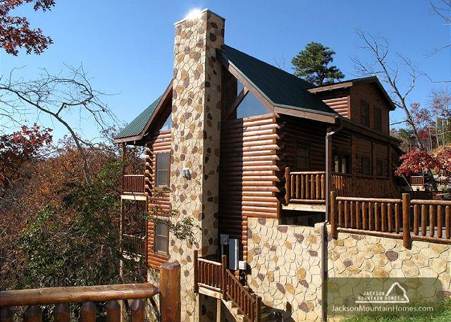 Away in the Mountains  Gaming Pool Access 3 Jacuzzis WiFi  Free Nights - Image 1 - Gatlinburg - rentals