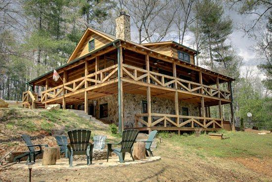 BACK VIEW OF CABIN - ASKA ESCAPE- 3BR/3BA- AWESOME TRUE LOG CABIN WITH UPSCALE FURNISHINGS, 52 INCH TV, GAS AND WOOD BURNING FIREPLACES, WIFI, SATELLITE TV, SECLUDED HOT TUB, GAS GRILL, HAMMOCK! ONLY $149 A NIGHT! - Blue Ridge - rentals