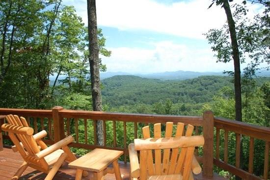 CABIN SWEET CABIN- 2BR/2BA- BREATHTAKING MOUNTAIN VIEW CABIN SLEEPS 6, SAT TV, GAS LOG FIREPLACE, AND A HOT TUB! ONLY $110 A NIGHT! - Image 1 - Blue Ridge - rentals