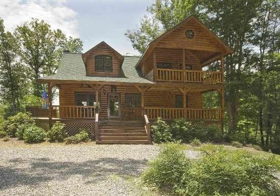 DANCING TREES CABIN- 3BR/3BA- SECLUDED LUXURY CABIN SLEEPS 8, HOT TUB, WIFI, JETTED TUB IN MASTER SUIT, GAS GRILL, SATELLITE TV, FIRE PIT, MOUNTAIN VIEWS, AND A GAS LOG FIREPLACE! ONLY $165 A NIGHT! - Image 1 - Blue Ridge - rentals