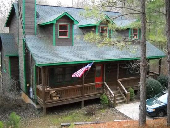RIVERBEND- 4 BR/3.5 BA, LOG CABIN, LOCATED IN COOSAWATTEE RIVER RESORT, RIVER ACCESS, WOOD BURNING FIREPLACE, FOOSEBALL, GAS GRILL, HOT TUB, PLUS ALL THE AMENITIES OF THE COOSAWATTEE RIVER RESORT, $150/NIGHT! - Image 1 - Blue Ridge - rentals