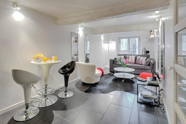 Anna- Lovely 1 Bedroom Nice Apartment Rental in Ideal Area - Image 1 - Nice - rentals