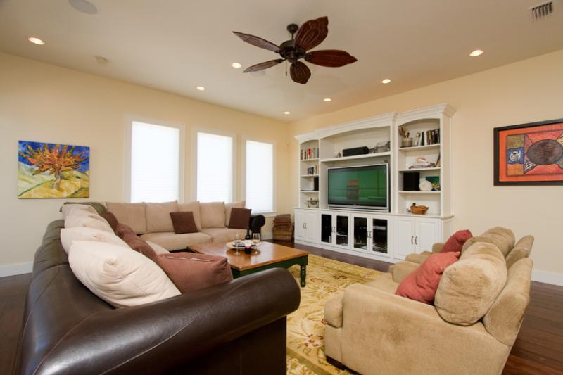 Malibu Beach Villa - Image 1 - South Padre Island - rentals