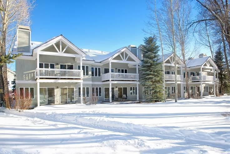 Lovely House with 3 BR-4 BA in Teton Village (3bd/3.5ba Townhome 21) - Image 1 - Wilson - rentals