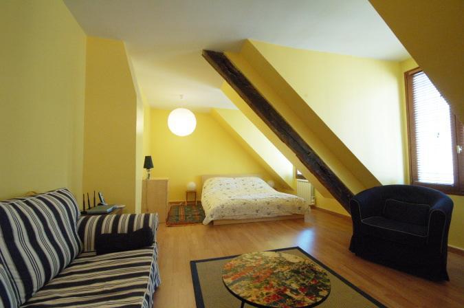 Marais Studio (3698) - Image 1 - Whiteparish - rentals