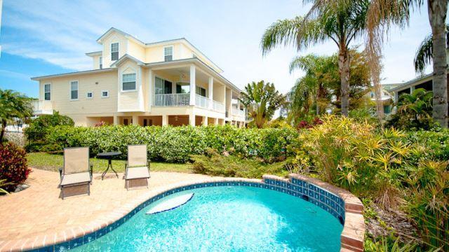 Lush tropical private pool area- Island Walk - Island Walk - Holmes Beach - rentals