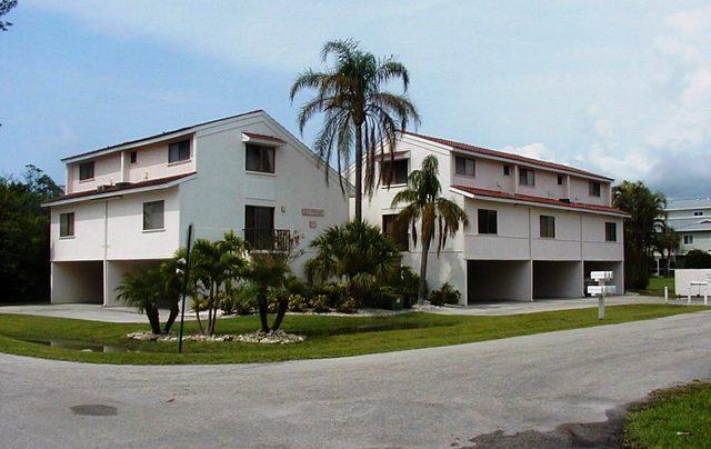 Exterior - LaPlayita Condo - Holmes Beach - rentals