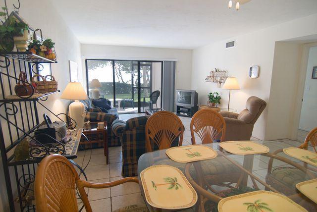Dining/Living - Runaway Bay 187 - Bradenton Beach - rentals