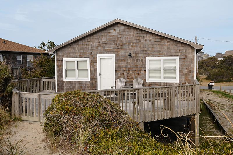 NESTLED BY THE SEA - Image 1 - Hatteras - rentals