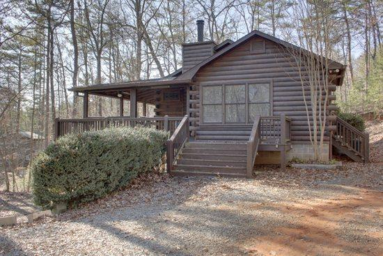 OUTSIDE VIEW - BLUEBERRY HILL- 2BR/2.5BA- WOODED CABIN SLEEPS 7, HOT TUB, 2 WOOD BURNING FIREPLACES, CHARCOAL GRILL, AND PET FRIENDLY! ONLY $99 A NIGHT! - Blue Ridge - rentals