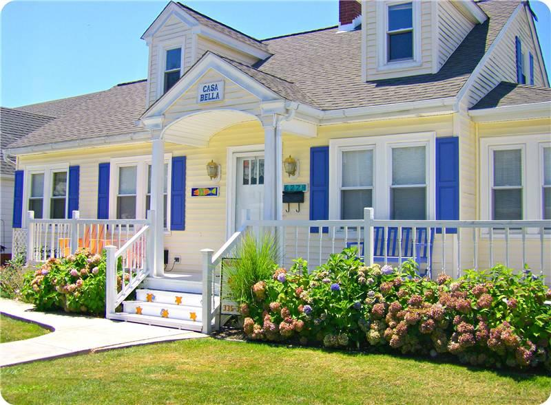 Casa Bella - Image 1 - Chincoteague Island - rentals