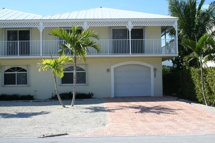 Front of unit - Palm Paradise, across from the golf course,  # 53b - Key Colony Beach - rentals