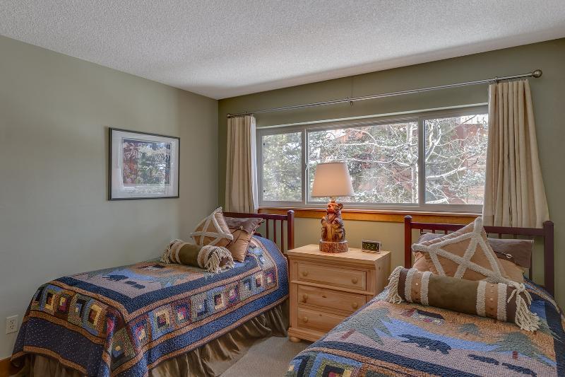 2 Bedroom, 2 Bathroom House in Breckenridge  (12E) - Image 1 - Breckenridge - rentals