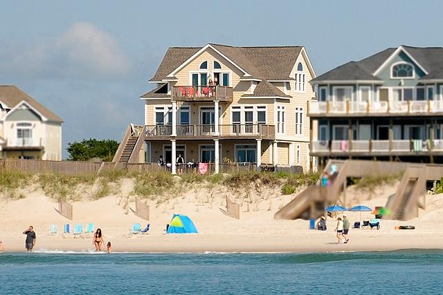 I'm on a boat! - Porpoise Place 31 Oceanfront!   Private Pool, Hot Tub, Elevator, Jacuzzi, Fireplace, Internet - North Topsail Beach - rentals