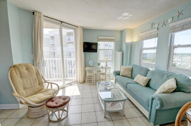 Living Room - St. Regis 2401 Oceanfront!   Indoor Pool, Outdoor Pool, Hot Tub, Tennis Courts, Playground - North Topsail Beach - rentals