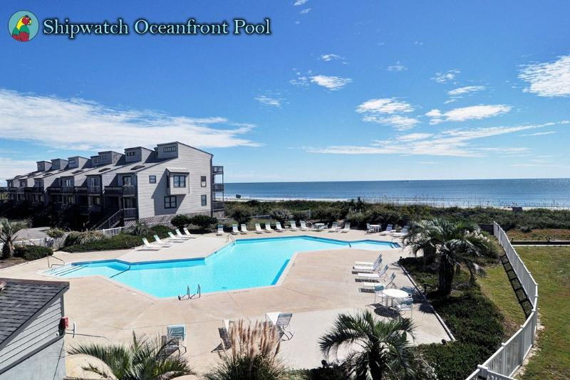 Shipwatch II Pool - Shipwatch Villa 1401 Oceanfront! | Community Pool, Elevator - North Topsail Beach - rentals