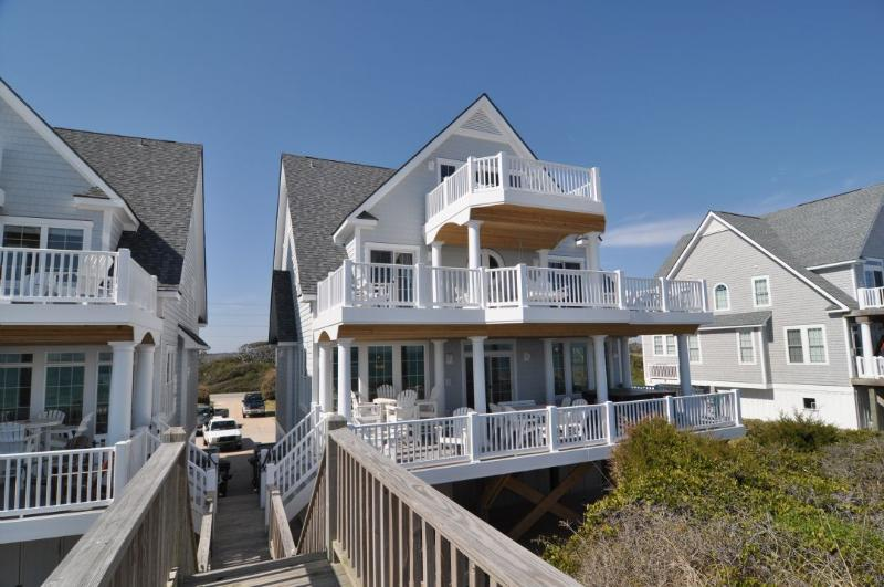 4268 Island Dr - Island Drive 4268 Oceanfront! | Internet, Community Pool, Hot Tub, Elevator, Game Equipment, Jacuzzi, Fireplace - North Topsail Beach - rentals