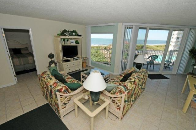 Living Room - St. Regis 3106 Oceanfront!   Indoor Pool, Outdoor Pool, Hot Tub, Tennis Courts, Playground - North Topsail Beach - rentals