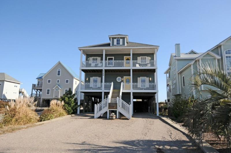 4388 Island Drive - Island Drive 4388 Oceanfront-B Lot! | Hot Tub, Elevator, Jacuzzi, Internet, Fireplace - North Topsail Beach - rentals