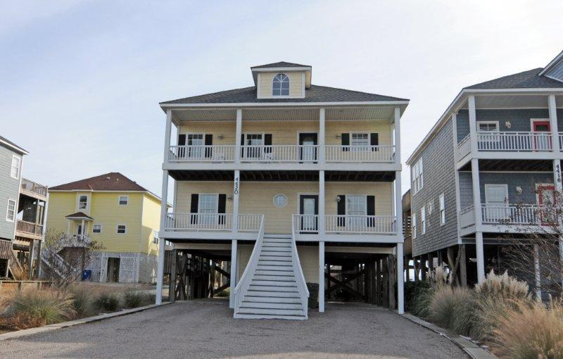 4420 Island Dr - Island Drive 4420 Oceanfront-B Lot!   Hot Tub, Elevator, Jacuzzi, Internet, Wedding Friendly - North Topsail Beach - rentals