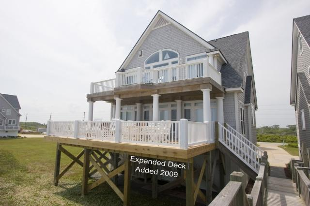 Ocean Side of Home - Island Drive 4296 Oceanfront! | Internet, Community Pool, Hot Tub, Elevator, Jacuzzi, Fireplace - North Topsail Beach - rentals