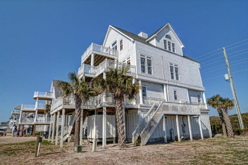 4166 Island Dr - Island Drive 4166 Oceanfront! | Internet, Community Pool, Hot Tub, Elevator, Jacuzzi, Fireplace - North Topsail Beach - rentals